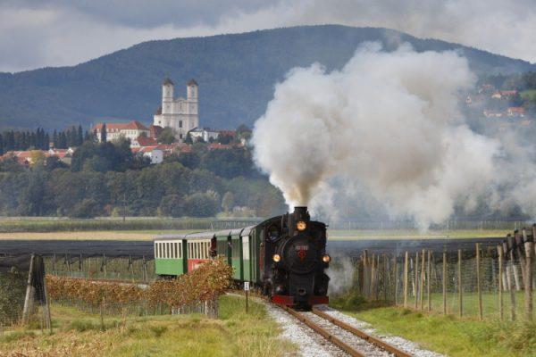 Feistritztalbahn_Weizbergcbernhardbergmann-e1444912109154