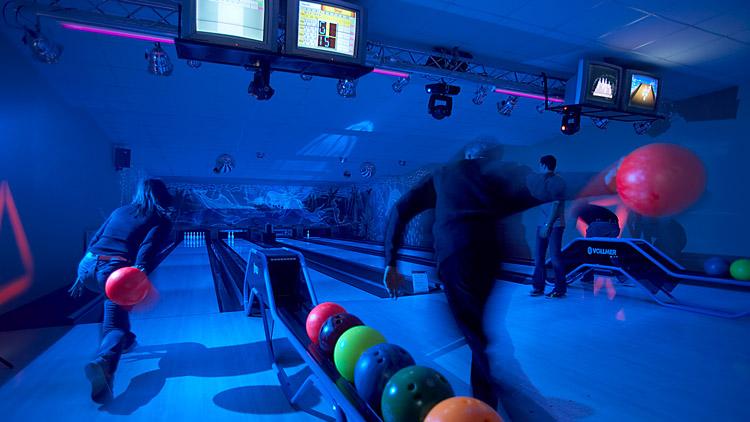 moonshine-bowling