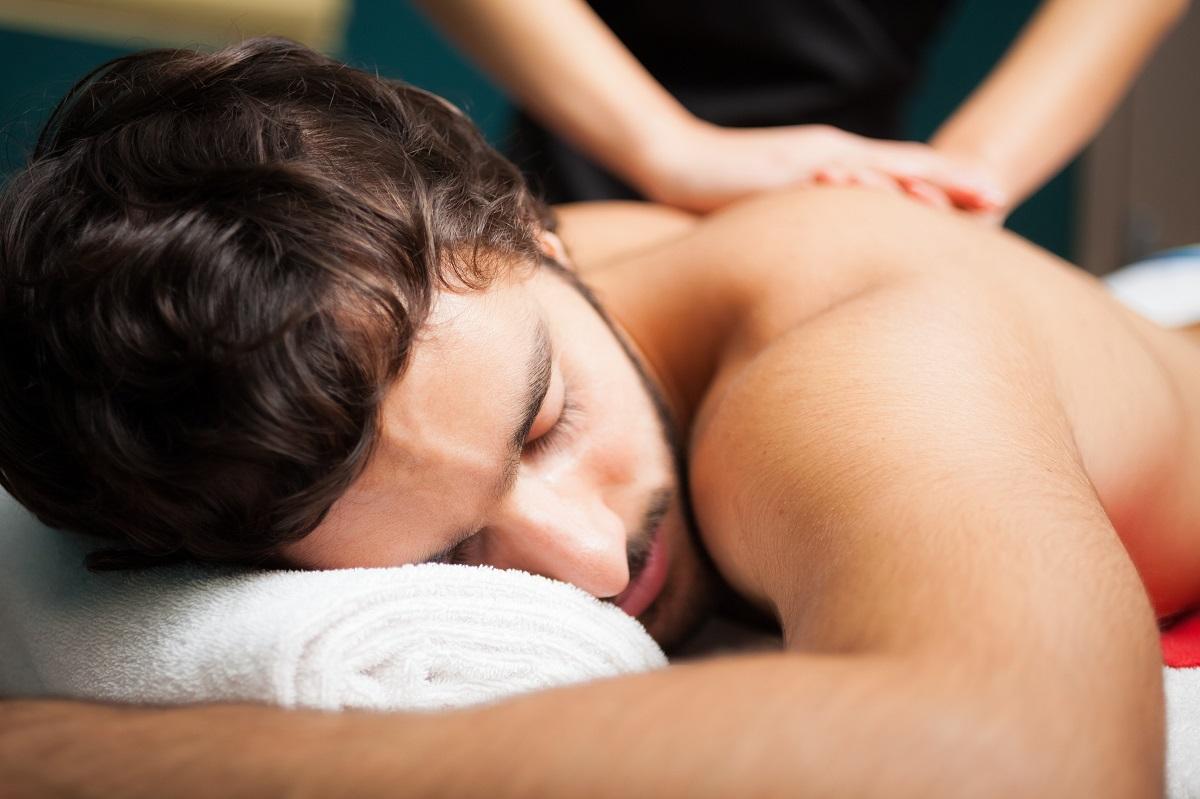 Massieren lernen in einer Massage-Ausbildung